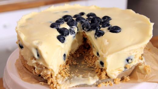 cheesecake_me_leuki_sokolata