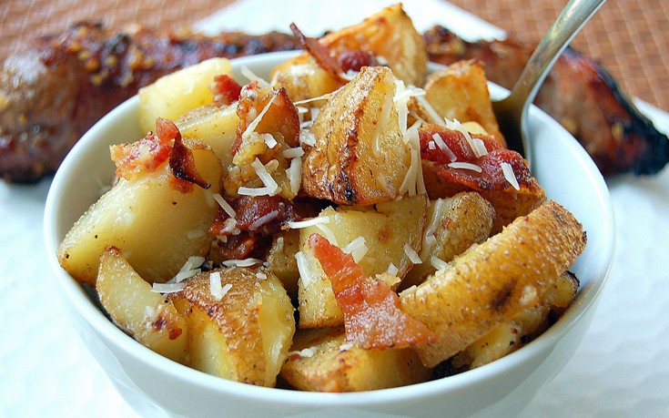 patates_me_mpeiko_kai_parmezana